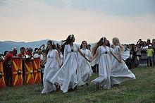 220px-Cricau_Festival_2013_-_Sanziene_-_24
