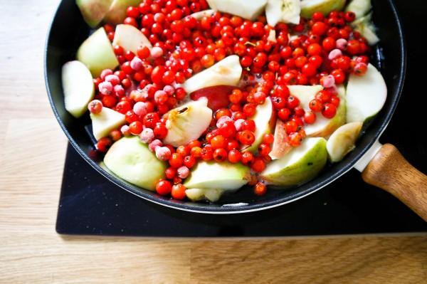 jarzębina z jabłkami